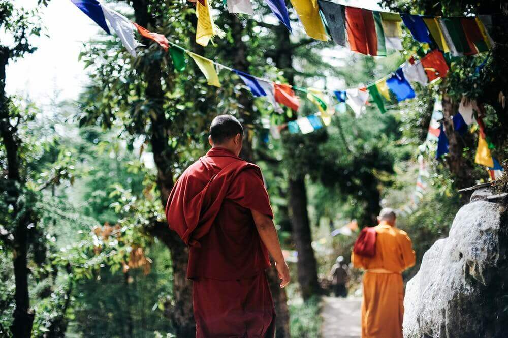 How To Let Go Of The Past? - A Buddhist Story